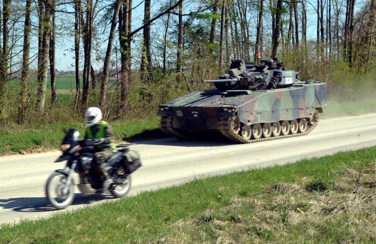 Pz Bat 13 - Battaglione blindati 13